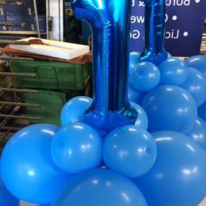 verjaardag 1 jaar blauwe ballonnen